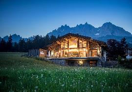 Austria - Tirol | Stylish alpine chalet in a quiet location with view of Going for sale
